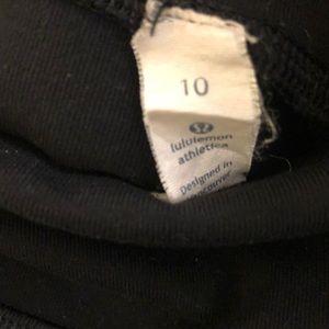 lululemon athletica Pants - Lululemon black crop legging, sz 10, 71041